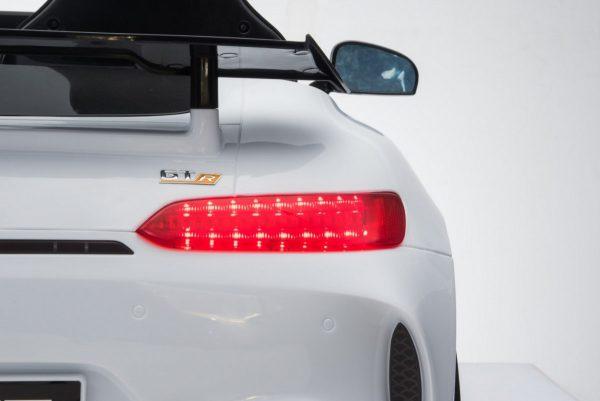 Pojazd-Mercedes-Benz-GT-R-4-4-Lakierowany-Bialy_[33793]_1200