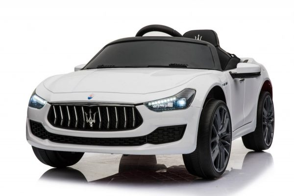 Pojazd-Maserati-Ghibli-Bialy_[33890]_1200