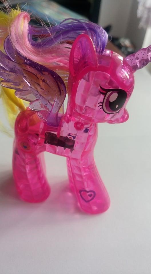 Pony, konik, kucyk, pinkie, pie, pony, figurka, equestria, kryształowy