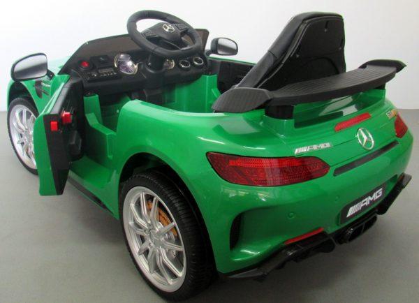 M GTR z tyl