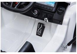 pol_ps_Auto-na-Akumulator-McLaren-720S-Bialy-4336_18
